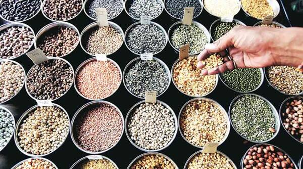 Wholesale rate inflation falls to 3.07% in April, down from closing month's 3.18%