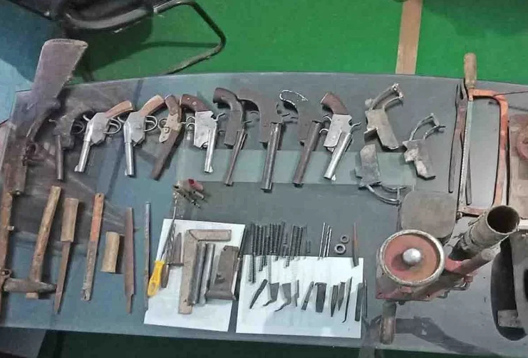 नोएडा में अवैध हथियार का कारोबार जमा चुका है जड़ें, 3 से पांच हजार में आसानी से मिलेगा असलहा