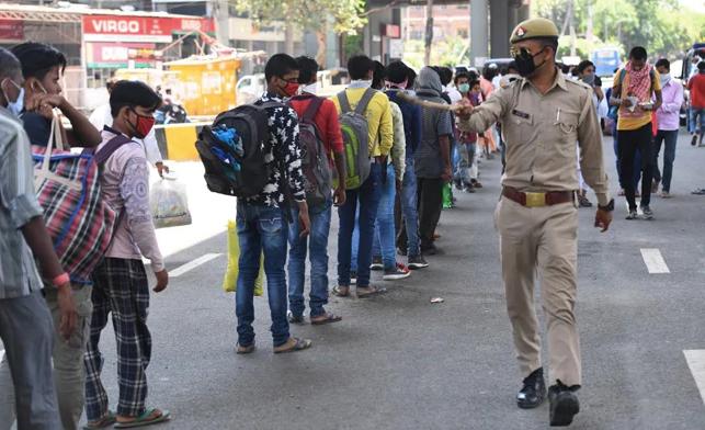 After 4 PM Deadline For UP, Priyanka Gandhi Recalls Buses For Migrants