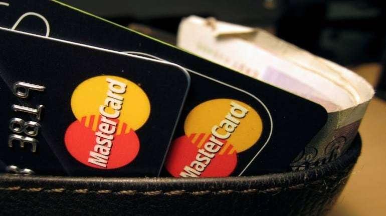 मास्टरकार्ड पर RBI की रोक का भारत पर असर, क्या आपके डेबिट और क्रेडिट कार्ड मान्य होंगे ?